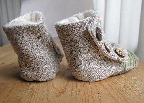 tiny_boots_1