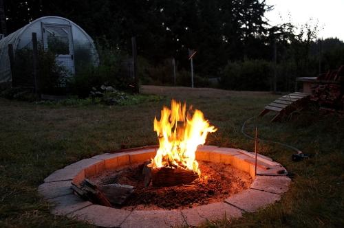 campfire_august23_0